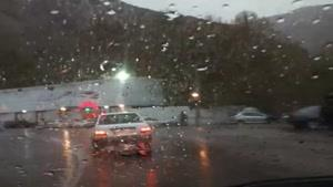 رانندگی در جاده زیبای بارانی چالوس به سمت تهران