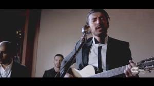 موزیک ویدئوی عشق تو از امیر عباس گلاب