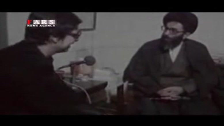بازدید حضرت آیتالله خامنهای از وضعیت بازداشتشدگان لانه جاسوسی در ۲۵ فروردین ۱۳۵۹