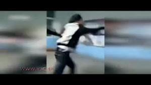 کتک خوردن معلم از دانش آموزان