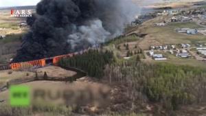 آتش گرفتن پل بزرگ در کانادا