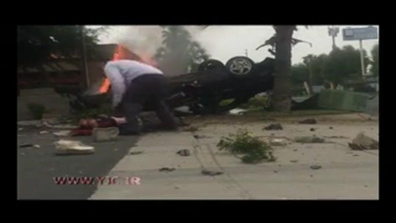 نجات شجاعانه راننده مضروب از زبانههای آتش