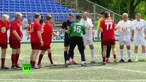 فیلم/ وقتی «لاوروف» فوتبالیست شد