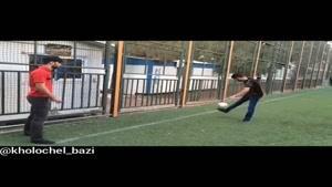 فرق فونبال بازی کردن پسر ها و دخترا