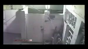 لحظه دستگیری دزد توسط صاحبخانه در ایران