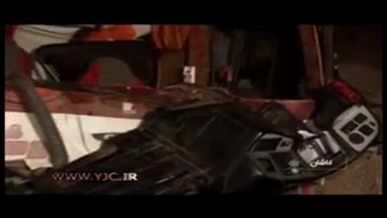 واژگونی اتوبوس در محور کاشان - نطنز