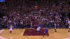 فیلم/ ۵ حرکت برتر در چهارمین فینال بسکتبال NBA