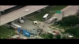 تصادف اتوبوس، تمام مسافران را راهی بیمارستان کرد