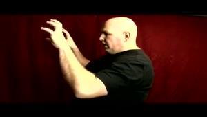 آموزش مقدماتی شعبده بازی با دو توپ