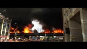 انفجار مرگبار خودروی ون یک بزرگراه را به آتش کشید