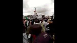 فیلم/تظاهرات مردم نیجریه در حمایت از شیخ «ابراهیم الزکزاکی»