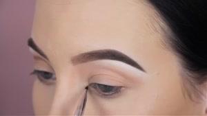 آموزش ۱ آرایش چشم