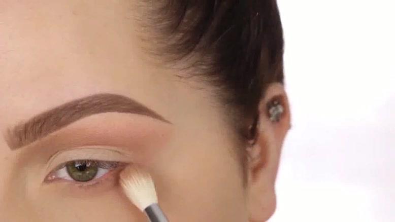 آموزش ۲ آرایش چشم