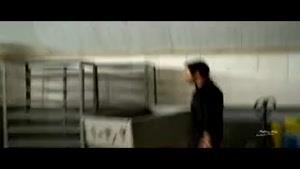 فیلم/ مواجهه کارمند پزشک قانونی با جسد