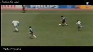 مشت گرهکرده مارادونا و تماشاگران آرژانتینی - مکزیکوسیتی 1986
