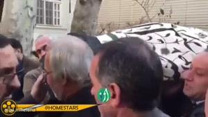مهدی هاشمی فرزند ایت الله هاشمی رفسنجانی اجازه نداد، رییس صداوسیما زیر تابوت پدرش را بگیرد