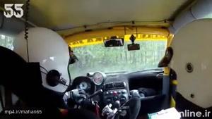 واکنش راننده رالی پس از کنده شدن فرمان اتومبیل