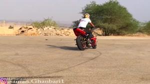 حرکات نمایشی با موتورسیکلت (سامان قنبری)