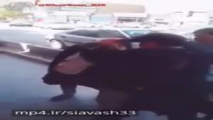 دعوا و كتك كاري دخترا در تهران سر پول