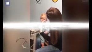 واکنش جالب کودک ۱۰ ماهه ناشنوا بعد از شنیدن صدای مادرش