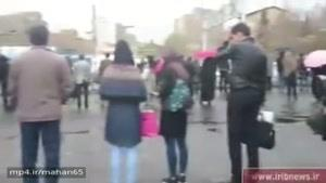 اختلال در خط ٥ مترو و سرگردانی مردم در کرج در اولین روز بعد از تعطیلات و نبود تاکسی و اتوبوس