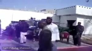 این ویدئو عالیه 😁 یه سرباز آمریکائیه داره به افغانیا آموزش دفاع شخصی میده