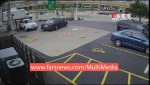 حرکت جالب یک زن برای جلوگیری از دزدی خودرو