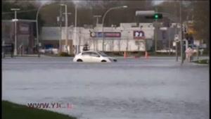خیابانهای کانادا به زیر آب رفت