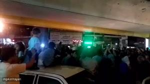 شادی مردم تهران زیر پل ستارخان پس از صعود تیمملی به جام جهانی