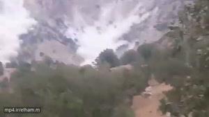 ریزش کوه در اثر زلزله ۵ ریشتری در بخش ناغان چهارمحال و بختیاری