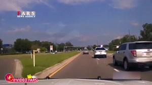 واژگونی اتومبیل تحت تعقیب پلیس