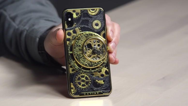 بررسی تخصصی گوشی آیفون XS  از بدنه خاویار