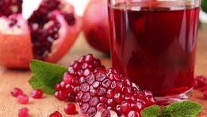 با نوشیدن یک لیوان آب انار جریان خون را به قلبتان افزایش دهید
