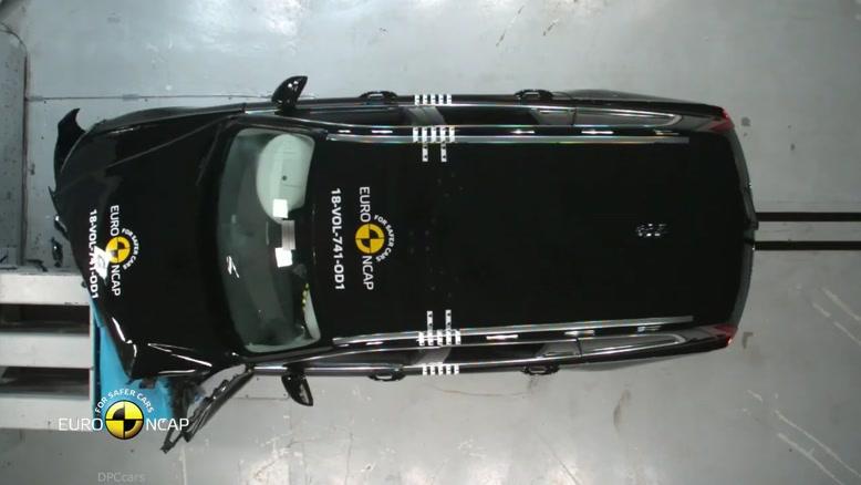 تست تصادف و ترمز های  خودرو  ولو مدل v60