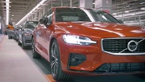 برسی خودروی جدید ولو S60 دیزاین و نمای داخلی خودرو