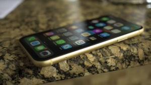 بررسی تخصصی گوشی iPhone XR