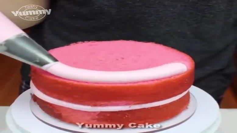 ایده های خلاقانه تزئین کیک