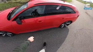 تست آئودی Audi RS۴ Avant ۲۱۹
