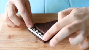 طرز تهیه برونی شکلاتی با طرح پیانو