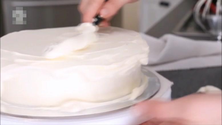 آموزش تزیین کیک رنگین کمان