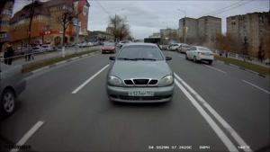 تصادفات ماشین ها باهم در جاده و خیابان ها