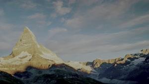 نمایی زیبا از کوه ماترهورن  سوئیس