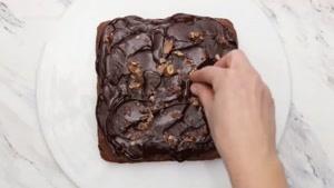 طرز تهیه برونی با ترافل شکلاتی