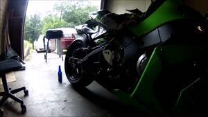مسابقات هیجانی موتور سواری و حرکات نمایشی با موتور شماره 310