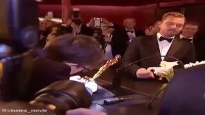 انتظار لئوناردو دیکاپریو برای حک کردن اسمش روی جایزه اسکار...