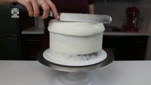 تزیین کیک با طرح های گوناگون
