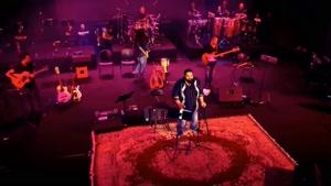 اجرای زنده ی آهنگ نترس از رضا صادقی