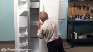 آموزش تعمیر خرابی لولای درب یخچال