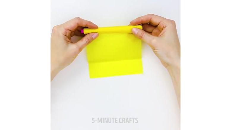 ایده ها و ترفندهای خلاقانه با کاغذ رنگی