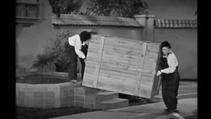 جعبه موسیقی - The Music Box 1932